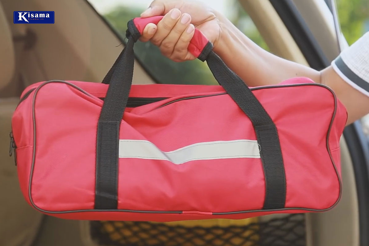 Bộ cứu hộ ô tô giúp bạn an tâm hơn trong mọi chuyển đi
